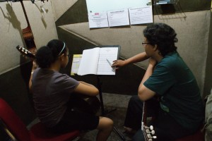 chics_acoustic_class